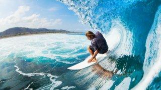 Surfer au Nicaragua